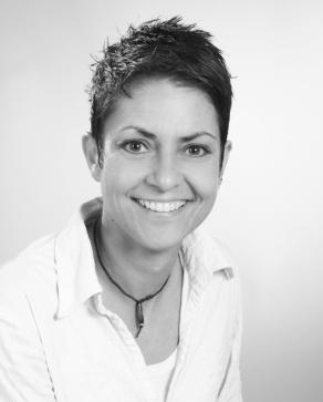 Porträtfoto Firmeninhaberin Sandra Grüning